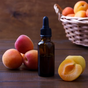 APRICOT KERNEL OIL as light as a mist